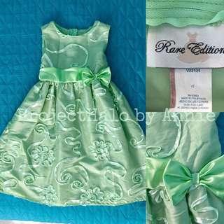 Girl's Sunday dress