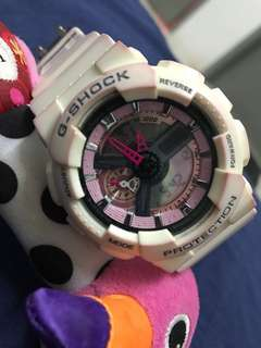 [REDUCED]G-SHOCK White Pink
