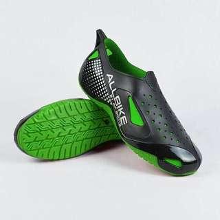 Ap Boots biker / cyclist shoes rubber PVC allbike