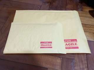 Bubble wrap envelope