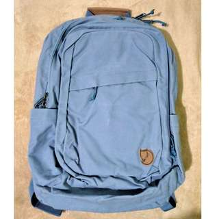kanken Fjallraven 28L Laptop bag