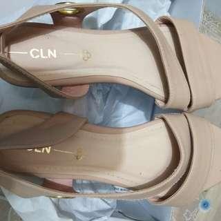 Cln size 37 no flaws