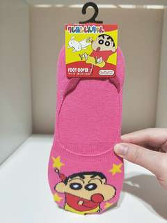 BRAND NEW!! FROM JAPAN!! 100% AUTHETNIC CRAYON SHIN CHAN PINK BOAT SOCKS FOOT COVER!!  SUPER KAWAII!! SUPER CUTE!!  WRIGGLE UR TOES AND SEE CUTE SHIN CHAN WRIGGLING TOO!!  ONLY 1!! HURRY WHILE STOCK LAST!!  GRAB BEFORE ITS GONE!!