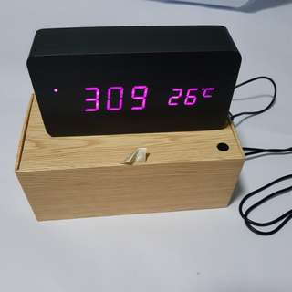 BNIB FiBiSonic Eco LED Clock