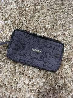 Kipling 3-pocket purse/wallet from Vietnam