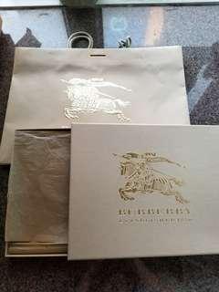 Burberry 盒,紙袋