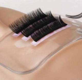 Silicon pads for eyelash extension