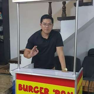 Foodcart kiosk maker