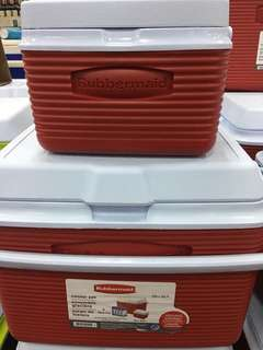 Brandnew Rubbermaid cooler set