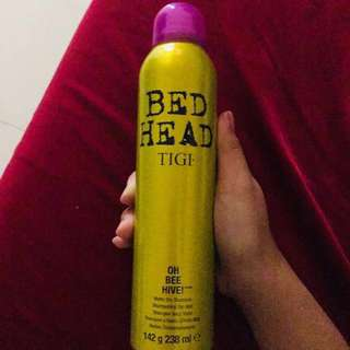 "Dry shampoo by BED HEAD ""OH BEE HIVE!"""