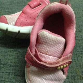 Nike  girl sport shoes