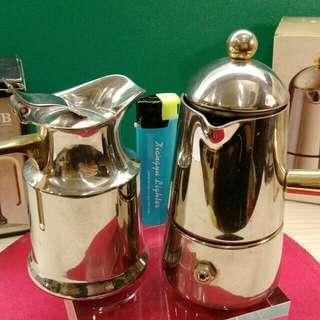 🚚 義大利LAVAZZA經典摩卡壺&奶盅
