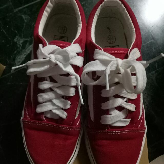 紅色閃電鞋 可換物