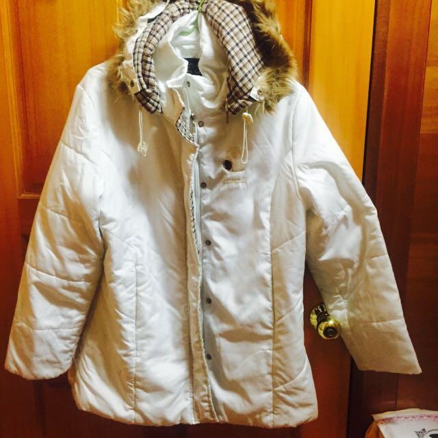 白色 厚外套