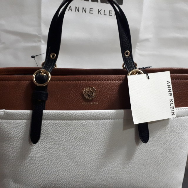 (AUTHENTIC & BRAND NEW) Anne Klein Bag with Dust Bag