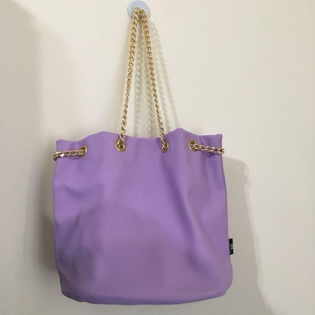 BKK 淡紫色鏈條水桶包