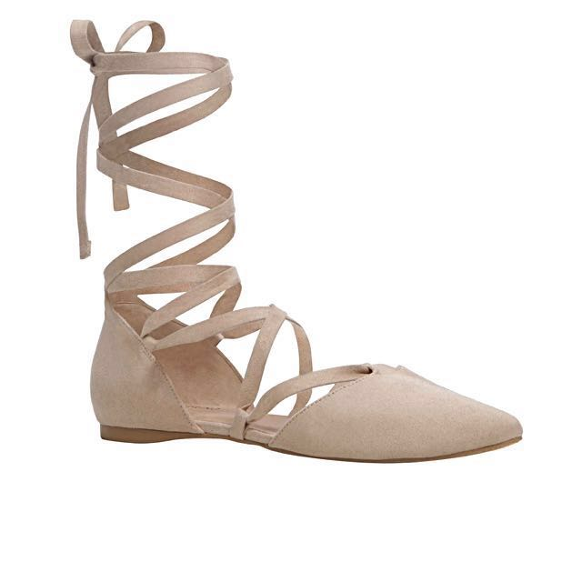 Brand New Size 6 Beige Lace-Up Ribbon Flats