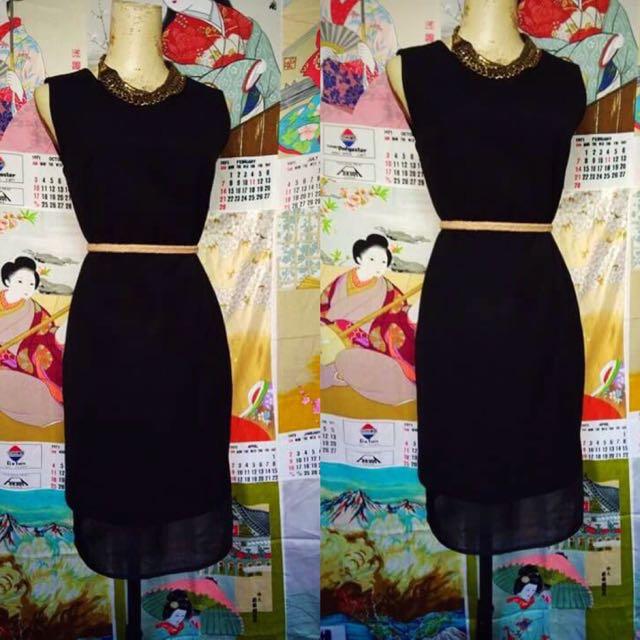 Casual black mesh dress size med