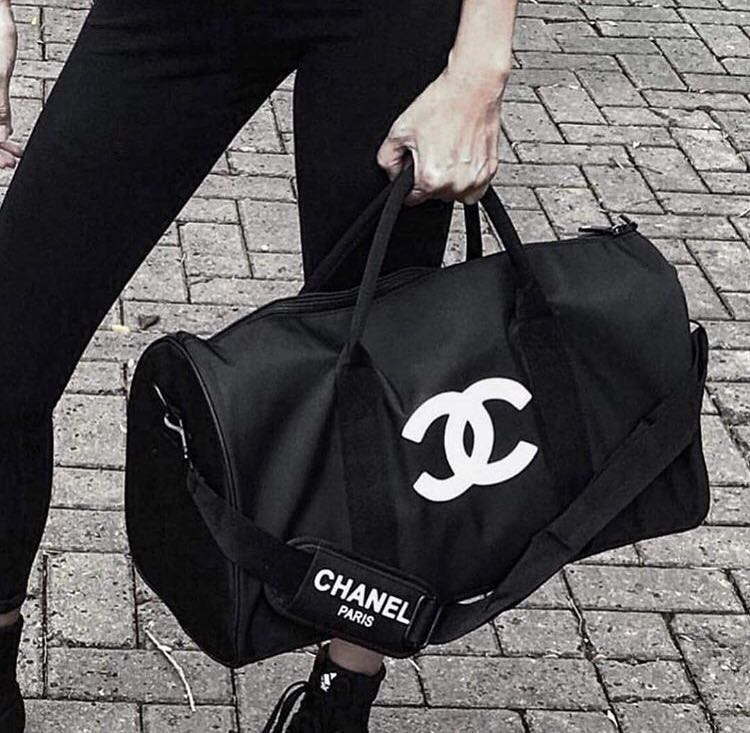 a3b337eff Chanel Travel Bag Weekender VIP GIFT AUTHENTIC‼ , Luxury, Bags ...