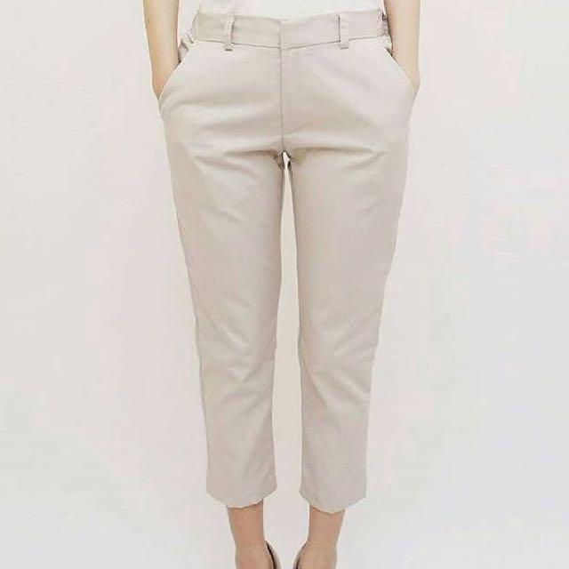 Cream 7/8 pants
