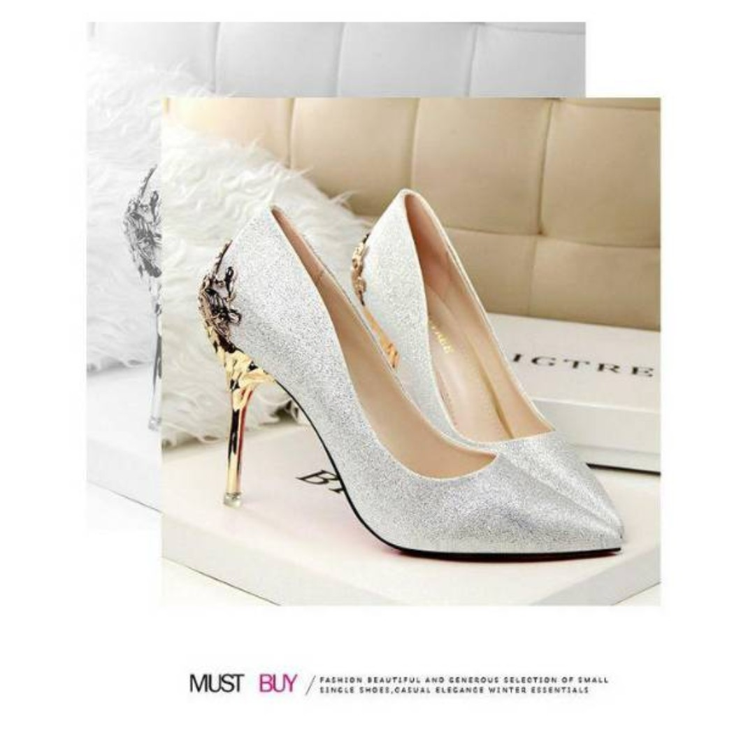 7c89cca67e768 European Style frosted shoes women s shoes wedding shoes red bride ...
