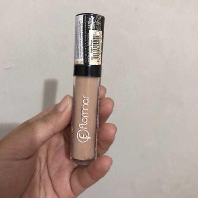 Flormar concealer shade light beige