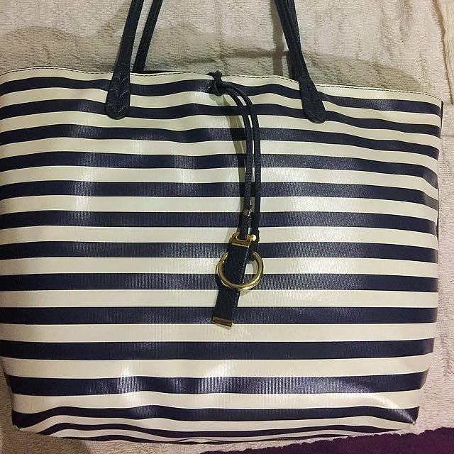FREE SHIPPING! CMG Tote Bag