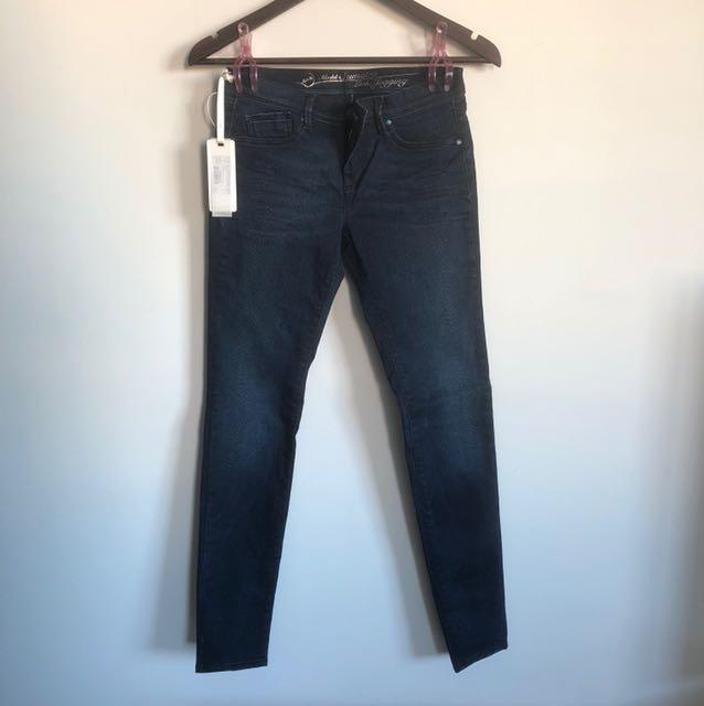 Gas Jeans in Indigo - Sz 27/30