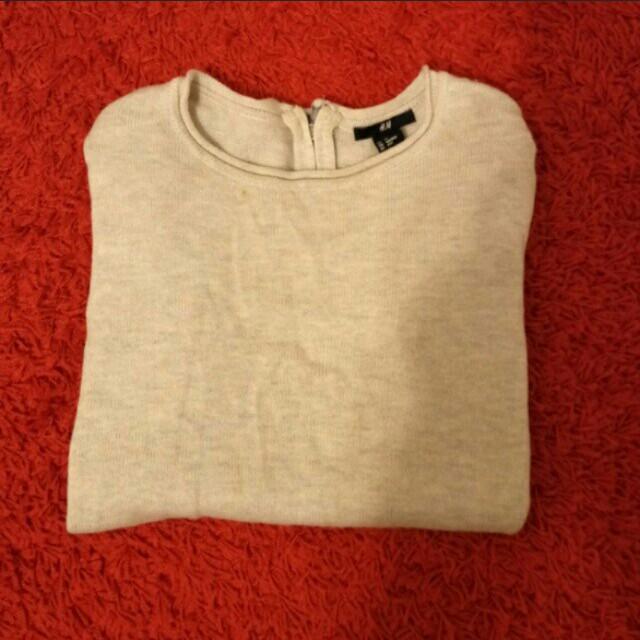 H&M米色薄款針織毛衣