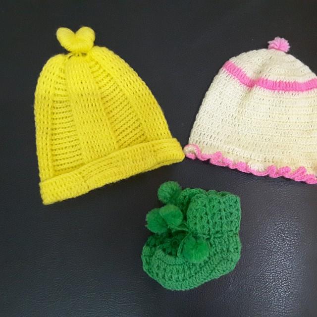 Kupluk bayi kaos kaki bayi topi bayi baby hat (ambil semuanya sesuai foto)