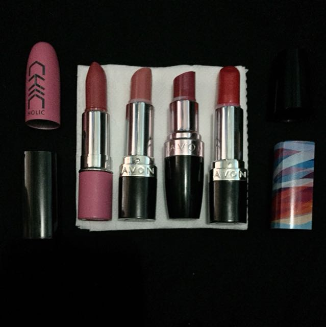 LIPSTICKS BUNDLE (5 pcs)