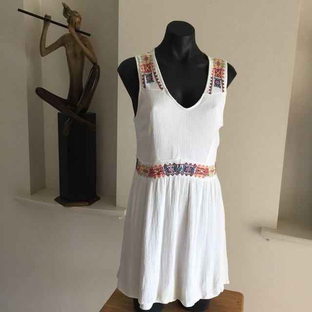 (M) ALLY WHITE BOHO DRESS