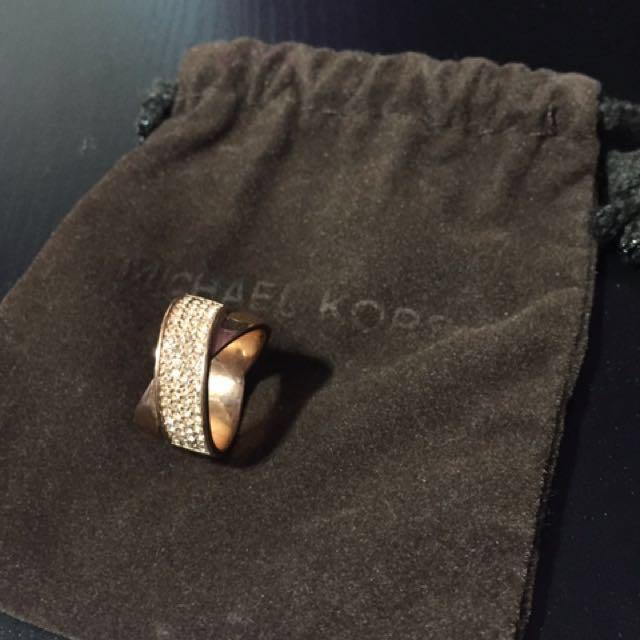 Michaelkors rose gold ring