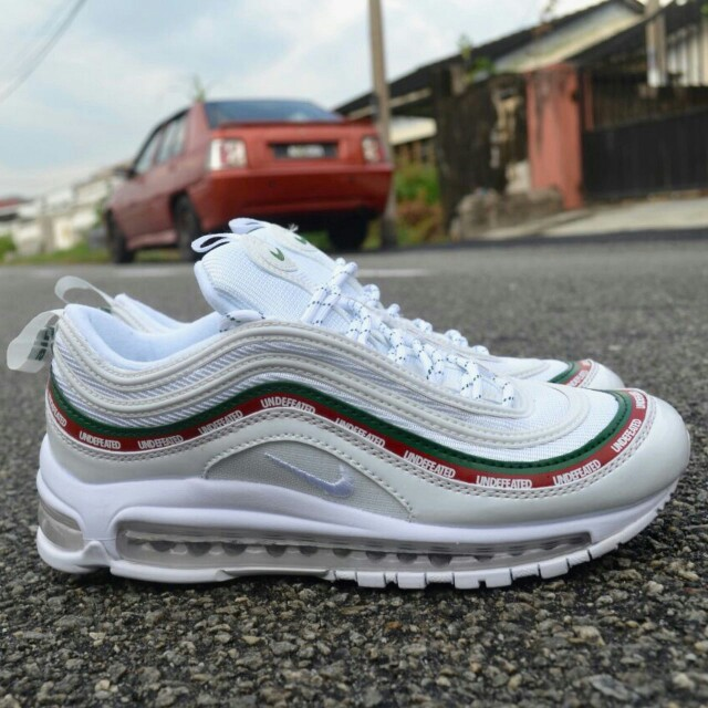 3c26e2aea1 Nike Airmax 97 Undefeated White ( Copy Ori), Men's Fashion, Footwear,  Sneakers on Carousell