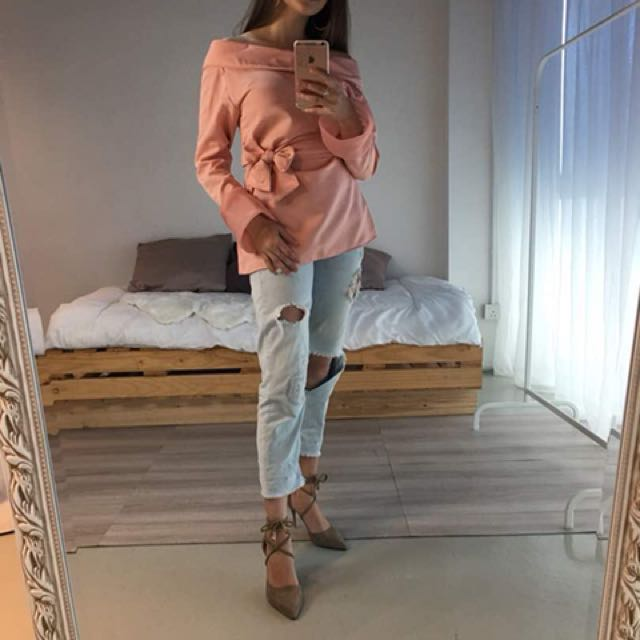 Off shoulder salmon pink bell sleeves blouse