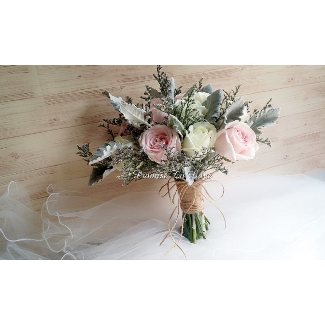 Rustic roses & mixed flowers bridal bouquet (Wedding / ROM ...