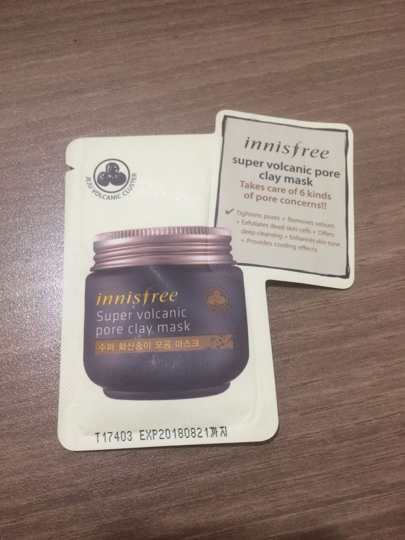 Sample innisfree super volcanic pore clay mask