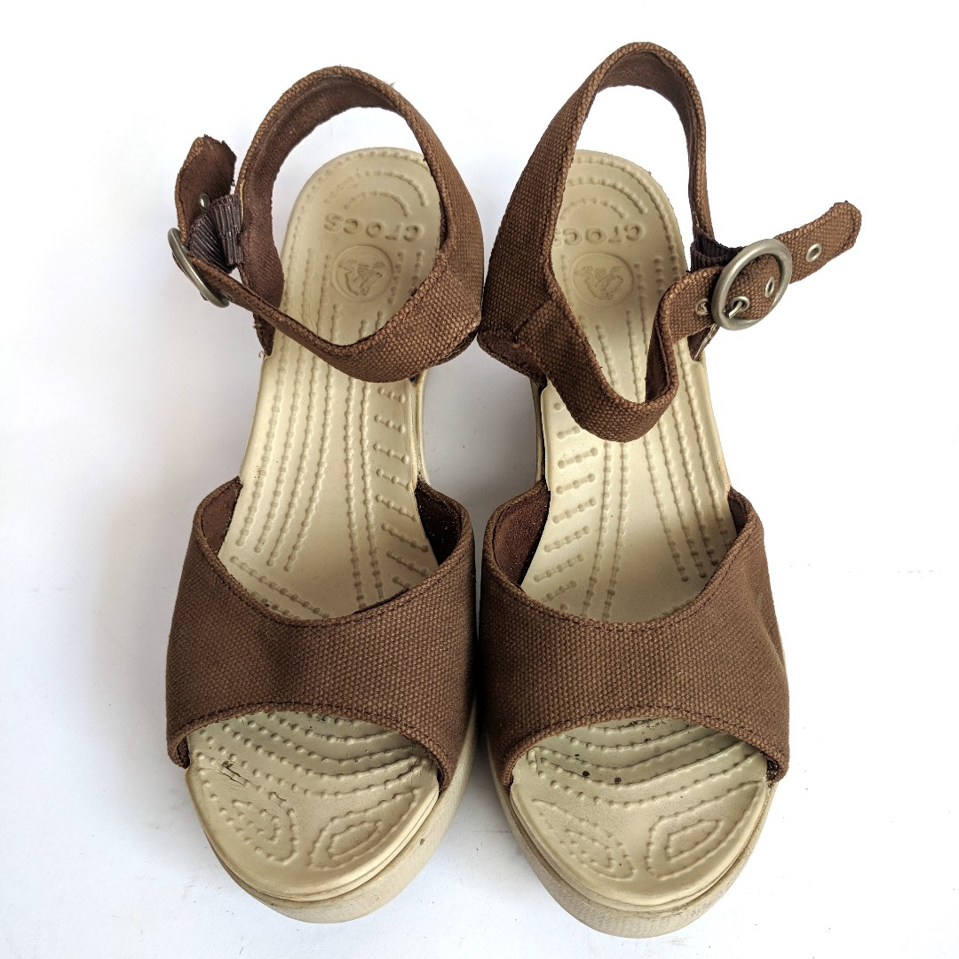 Sepatu High Heels Wedges Brown Casual Crocs Non Ori Simple