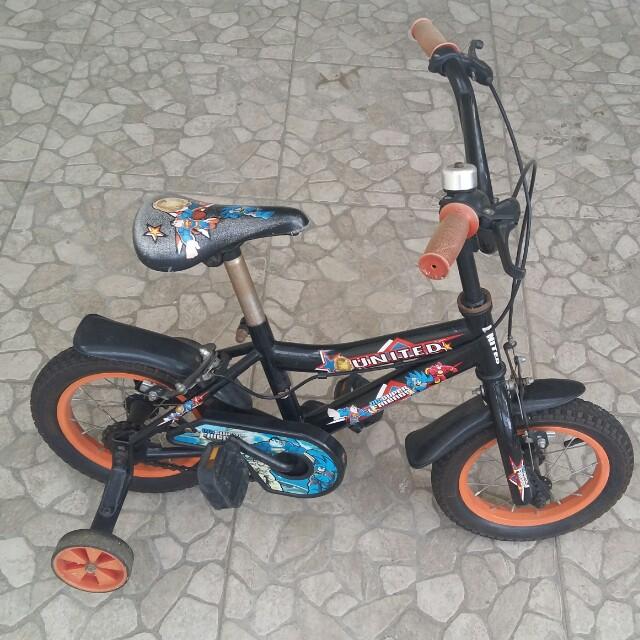 Sepeda BMX united 12,5'