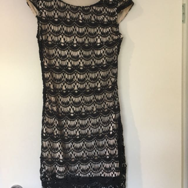 Size 10 Fate dress
