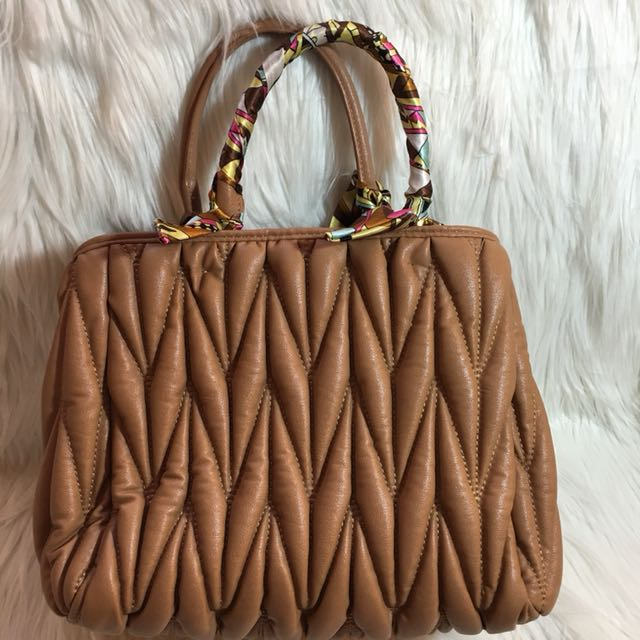 Trideep Handbag