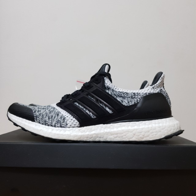 finest selection 21ac6 ee415 Ultra Boost SNS x Social Status