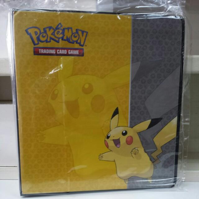 Ultra Pro Pikachu Folder Album