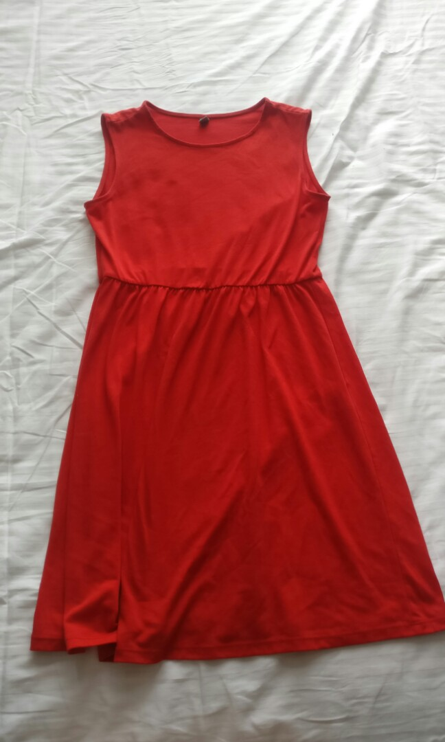Uniqlo red summer dress