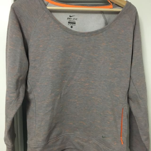Women's Nike L/S Crewneck Top XS