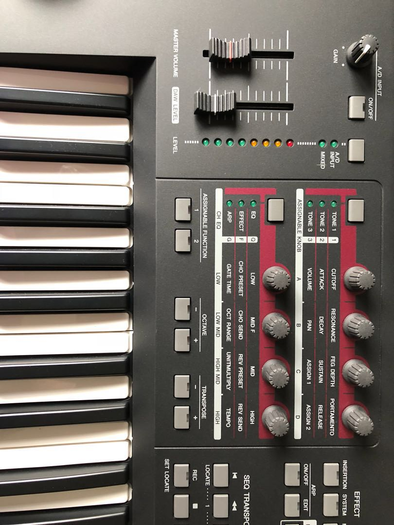 Yamaha moxf6 , 3 months old , not used , with warranty