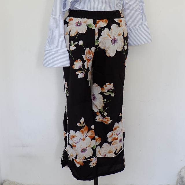 Zara inspired floral trousers