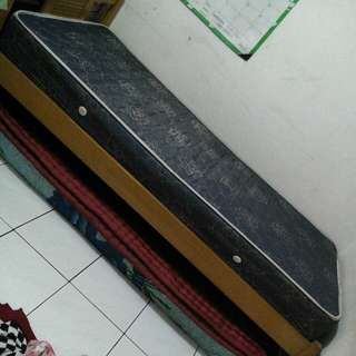 Kasur spring bed single