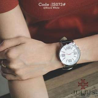 New JULIUS 073#p  Diameter : 4,2cm Original Watch Korea Design Tali kulit bagus Ready 4 colours : - Black Black - Black White - Coffee Black - Coffee White Dlman angka Free box Julius Garansi mesin 1 tahun Berat : 0,2 kg  H 290rb