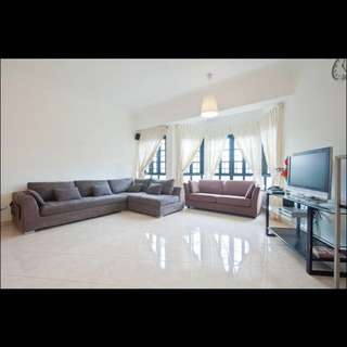 Chiltern Park 3 + 1 bedrooms, 1300 sq ft District 19, 1min walk to Lor Chuan MRT Station Circle Line CC14, like new